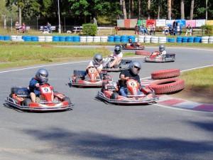 Volle Konzentration beim Go-Kart Rennen - ohphoria.de