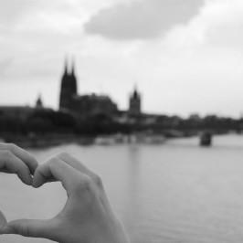 DAS Geschenk für Pärchen & Partner: Das gemeinsame Fingerherz auf Leinwand