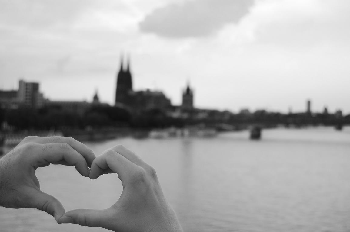 DAS Geschenk für Pärchen - ein gemeinsames Fingerherz mit Heimatbezug auf Leinwand - ohphoria.de