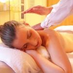 Ein Bestandteil des After Work Realxing kann eine entspannende Ganzkörpermassage sein - ohphoria.de