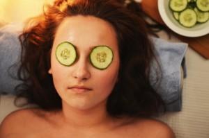 Frischegefühl dank Gurkenmaske beim After Work Relaxing - ohphoria.de