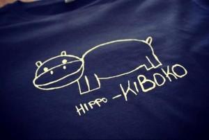 Neben T-Shirts gibt es auch viele verschiedene Textielprodukte die für Hilfe in Afrika sorgen - ohphoria.de