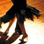 Salsa Geschenke reichen von Schnupperkurs bis professionelles Tanzen - ohphoria.de