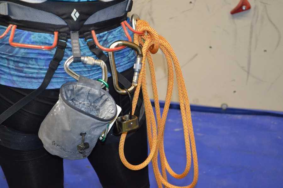 Beim Klettern ist man als Anfänger natürlich immer gut gesichert