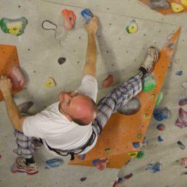 Mit Indoor Klettern kann man auch Sportler Geschenke im Winter machen