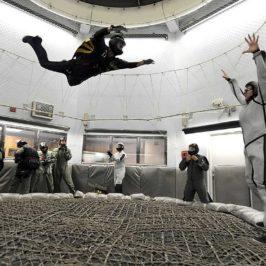 Mit Bodyflying alias Windkanal Fallschirmspringen auch im Winter einen Adrenalin Kick möglich machen
