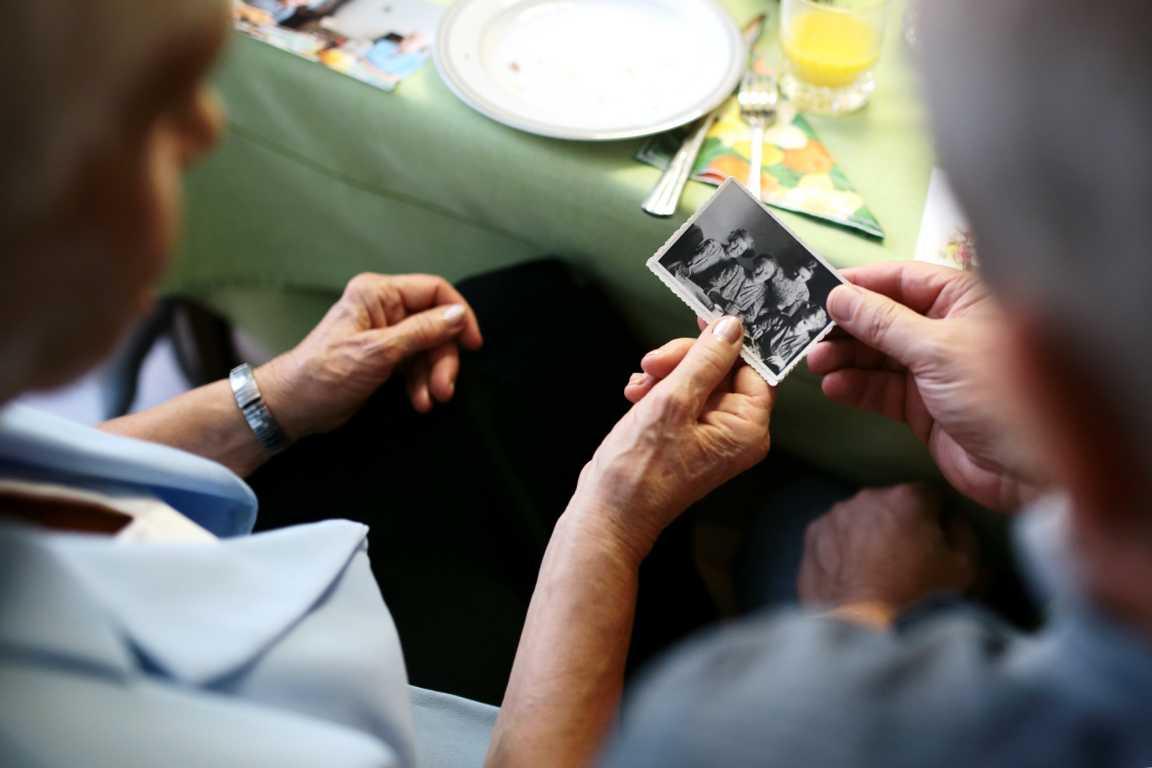 Es gibt wohl keine besseren Geschenke für Oma und Opa als Zeit mit euch zu verbringen