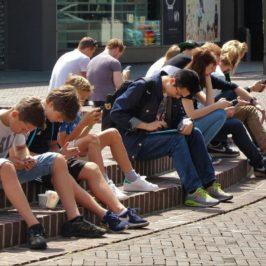 Mit dem nophone gegen die Handysucht – so schmeckt ein Leben ohne Handy