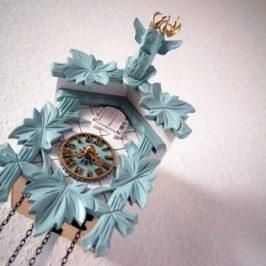 Moderne Kuckucksuhr – Zeit für stylische Tradition!