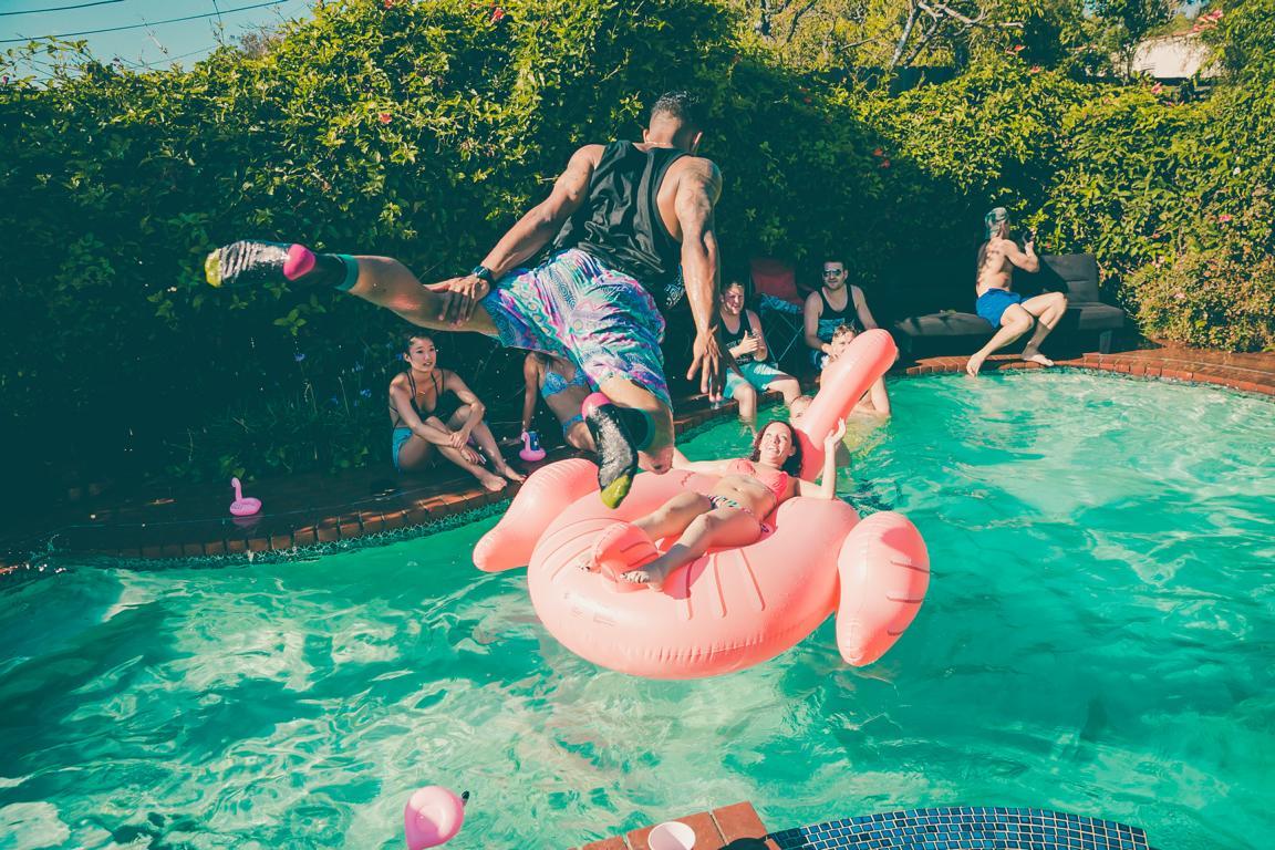 Egal was diesen Sommer ansteht - der Flamingo Schwimmreisen gehört ins Gepäck