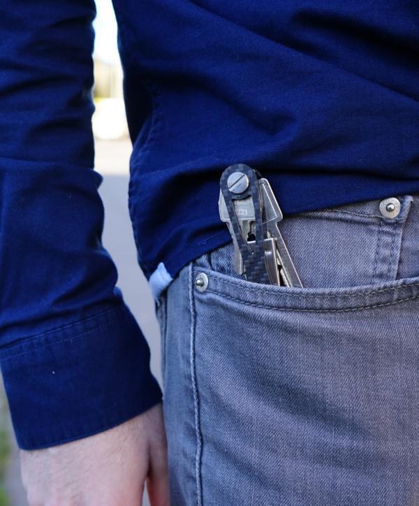 Mit einem Schlüssel Organizer gibt es keine Delle mehr in der Jeans