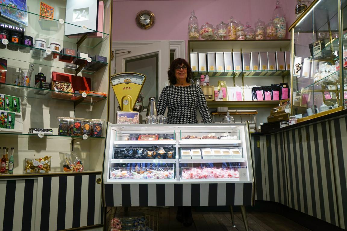 Bei der Eat the World Tour gibt es 7 kulinarische Highlights - wie die Kuchenrevue in Hamburg Grindel