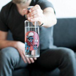 Soulbottles: Mit dieser Trinkflasche aus Glas hilfst du nicht nur deiner Gesundheit & der Umwelt, sondern auch Menschen in Not