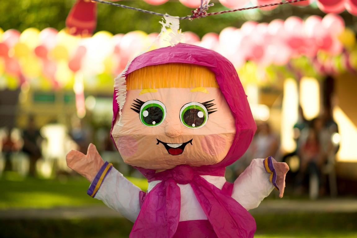 Wenn du deine Piñata selbst bastelst hast du vollen kreativen Freiraum