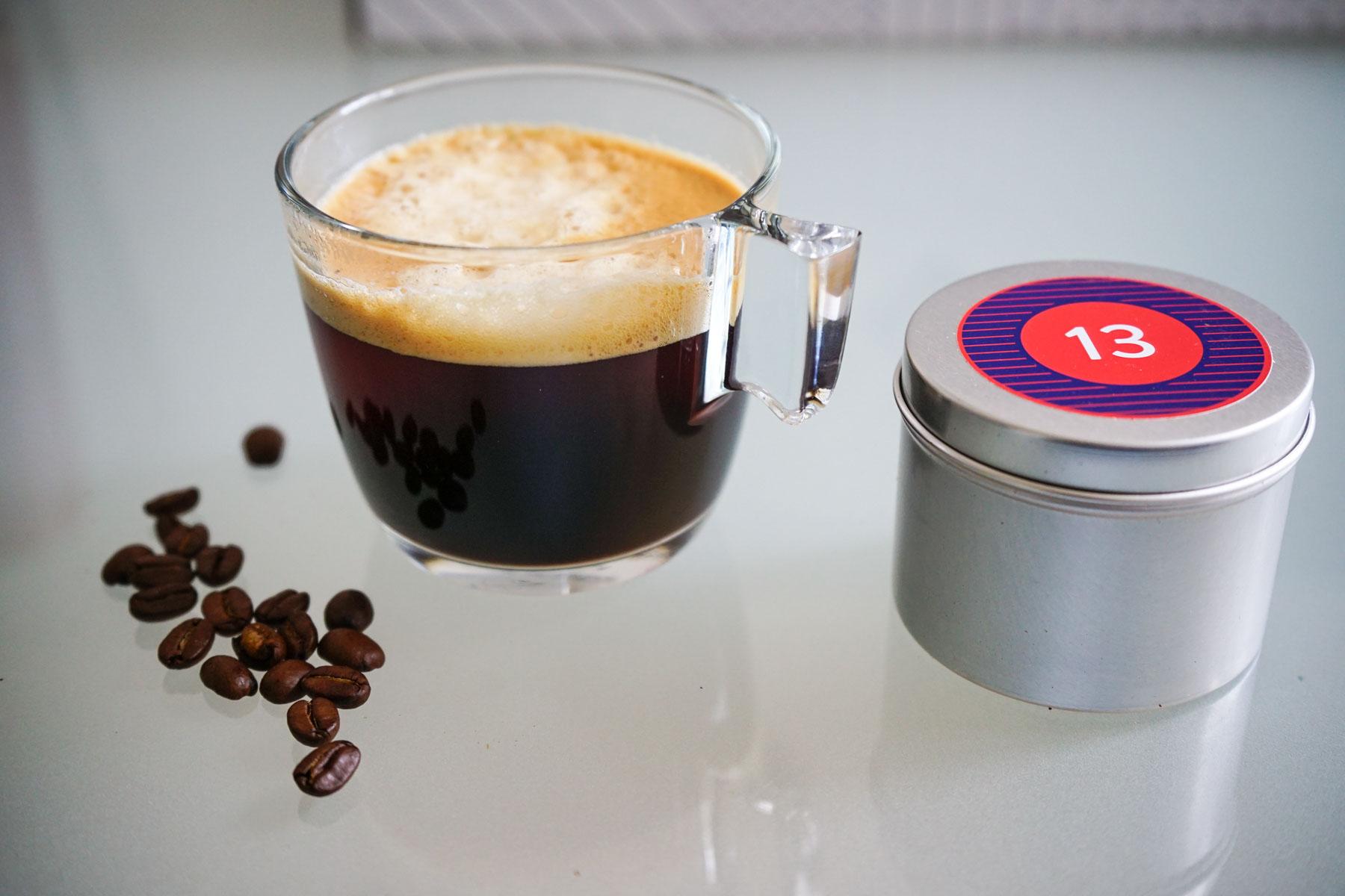 Der Kaffee Adventskalender ist eine tolle Geschenkidee für alle Kaffeeliebhaber